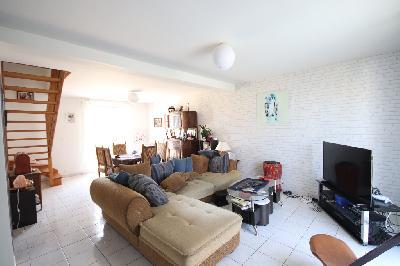 LA MEAUGON Maison 6 pi�ces de 100 m2 Hab