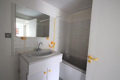 Appartement Saint Brieuc 3 piece(s) 47 m2