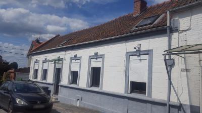 ESTREUX Longère rénovée, 3 chambres, grand jardin, garage