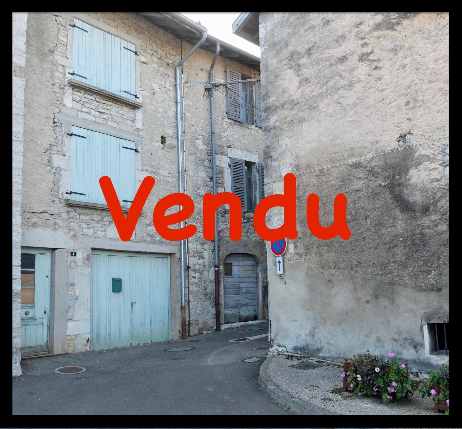 A Vendre Maison Romainville 43 M: SECTEUR ARINTHOD, A VENDRE MAISON DE VILLAGE A RENOVER D
