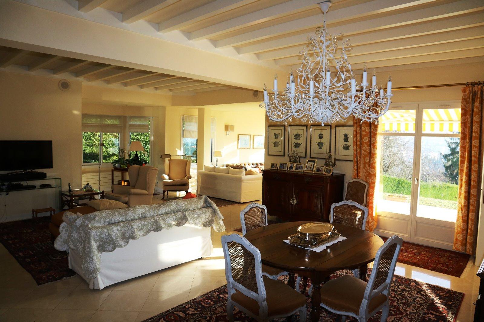 Lons le saunier 39 jura vendre maison d 39 architecte - Piscine municipale lons le saunier ...
