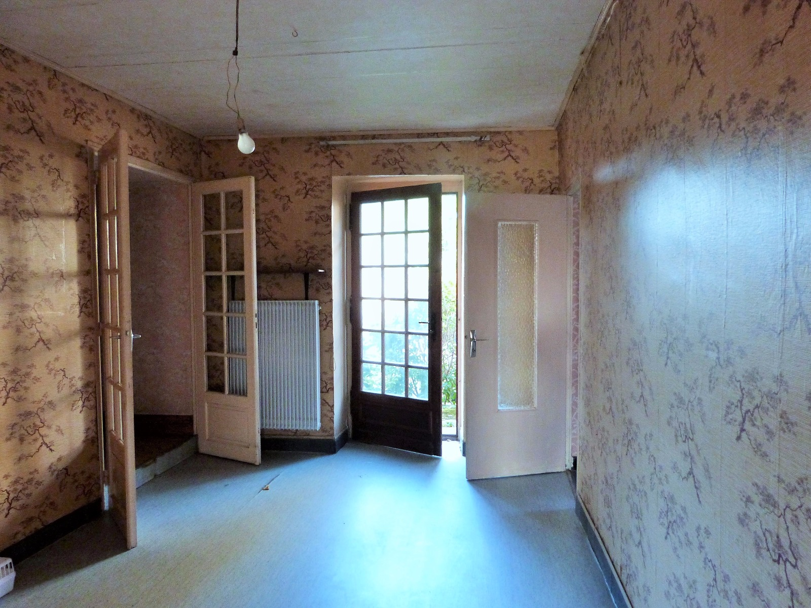 Lons le saunier 11km vends maison r nover avec cachet sans terrain possibilit 2 - Frais de notaire achat garage ...