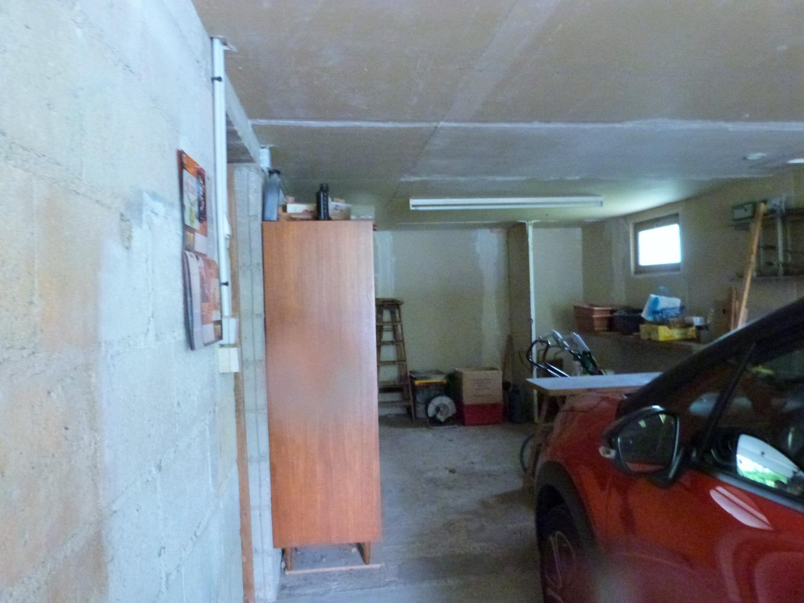 Lons le saunier 39000 jura 8mn vends maison jumel e 75m env sous sol sur terrain 620m env - Garage thevenod lons le saunier ...