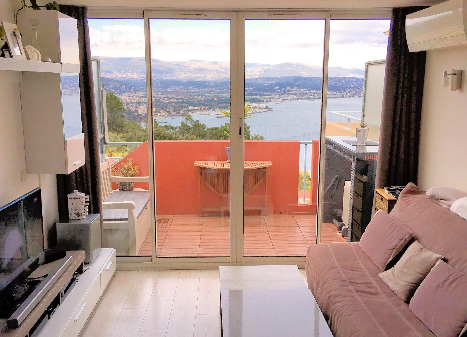 Théoule sur mer appartement 36m2 dernier étage 2 etrrasses vue mer panoramique
