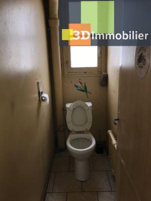 Saint-Florentin (89 YONNE), à vendre appartement, 4 pièces avec garage et grand balcon., WC - 2 m²