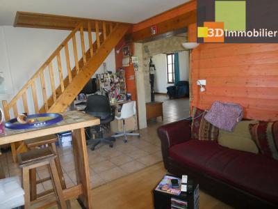 Chaussin (39 - Jura) à Vendre maison sur deux niveaux, 4 chambres, terrain de 600 m²., SALON