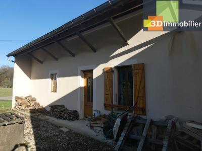 Chaussin (39 - Jura) à Vendre maison sur deux niveaux, 4 chambres, terrain de 600 m²., FACADE OUEST