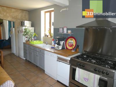Chaussin (39 - Jura) à Vendre maison sur deux niveaux, 4 chambres, terrain de 600 m²., CUISINE