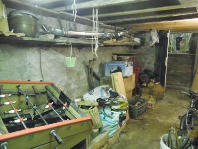 Secteur VIRIEU LE GRAND (01, Ain), à vendre maison de ville de 6 pièces à rénover., CAVE