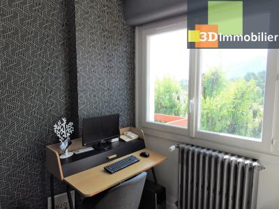 Aix-les-Bains (73100), à 700 mètres du Lac, à vendre appartement 2 chambres, 90m2 refais à neuf, BUREAU + DRESSING