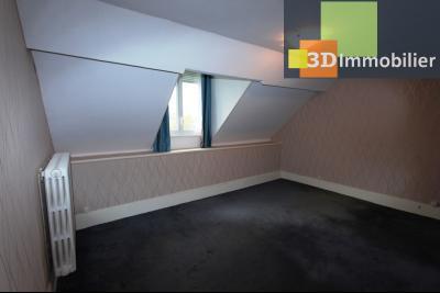 Lons-le-Saunier à 2 pas du centre ville, vends une maison de 12 pièces avec dépendances., CHAMBRE 4 ETAGE 2
