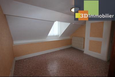 Lons-le-Saunier à 2 pas du centre ville, vends une maison de 12 pièces avec dépendances., CHAMBRE 5 ETAGE 2