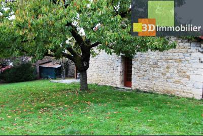 Lons-le-Saunier à 2 pas du centre ville, vends une maison de 12 pièces avec dépendances., MAISON INDEPENDANTE