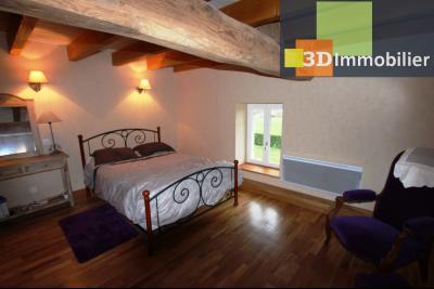 Lons-le-Saunier (Jura), à  vendre maison de caractère, 3 chambres sur terrain clos avec étang, CHAMBRE ETAGE