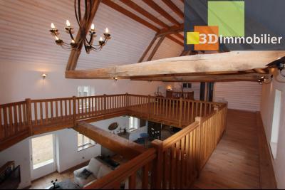 Lons-le-Saunier (Jura), à  vendre maison de caractère, 3 chambres sur terrain clos avec étang, MEZZANINE