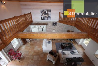 Lons-le-Saunier (Jura), à  vendre maison de caractère, 3 chambres sur terrain clos avec étang, VUE DEPUIS LA MEZZANINE