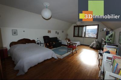 Lons-le-Saunier, à vendre grande maison de 7 chambres, 2 logements possibles, au calme., SALLE DE JEU 37 m²