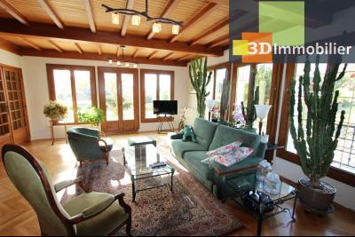 Lons-le-Saunier, à vendre grande maison de 7 chambres, 2 logements possibles, au calme., SEJOUR / SALON 50 m²