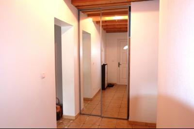 VENTE : PROCHE CLAIRVAUX LES LACS (39-JURA), A VENDRE MAISON RECENTE SUR UN TERRAIN DE 890 m2, Séjour salon