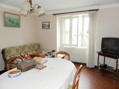 Vente proche POLIGNY (39800), maison familiale en pierre, 2 logements, terrain 1880 m², SEJOUR Logement 2