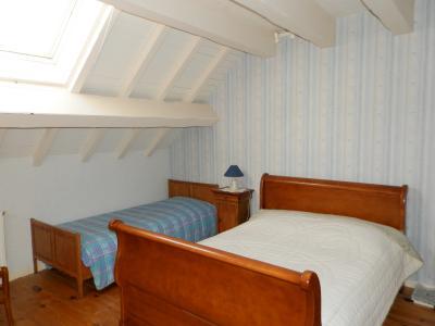 Vente proche Lons le Saunier (39) et LOUHANS (71), maison de caractère 157 m² sur terrain 2400 m², CHAMBRE ETAGE