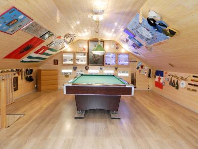 LOUHANS (71), à vendre maison contemporaine (2007), de 175 m² sur terrain 6500 m²., SALLE DE BILLARD 30 m²