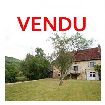 Vente VOITEUR (39210), maison en pierre à rénover 145 m² environ, sur terrain 1181 m²,