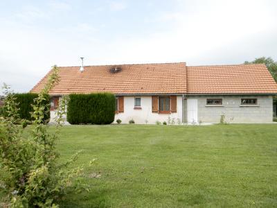 Vente LOUHANS (71500), maison de plain-pied (2003), 92 m², 4 chambres, terrain 1620 m², MAISON A VENDRE 92 m²