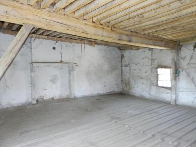 Vente LOUHANS (71), ferme-manoir 16ième siècle, de 215 m² env. sur terrain 6736 m², PIECE ETAGE 58 m²