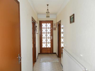 Vente proche BLETTERANS (39), maison de 100 m² + garage,  sur terrain 991 m², DEGAGEMENT + placards