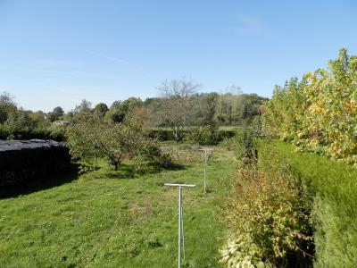 Vente proche BLETTERANS (39), maison de 100 m² + garage,  sur terrain 991 m², TERRAIN sans vis-à-vis