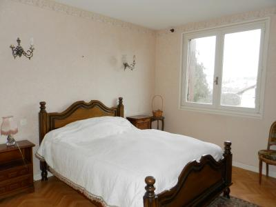 Vente LONS LE SAUNIER (39), maison de 110 m² environ, trois chambres, sur terrain de 1547 m², CHAMBRE (2) 13.15 m²