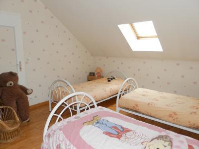 Vente proche BLETTERANS (39), maison individuelle 120 m² env., trois chambres, sur terrain 988 m², CHAMBRE 12 m²