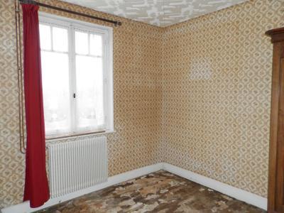 SAINT GERMAIN DU BOIS (71), maison de plain-pied à rénover environ 90 m², terrain 2700 m² environ, CHAMBRE 13 m²