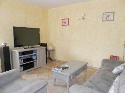 Vente secteur BLETTERANS (39), maison récente (2009) 130 m², 4 chambres, terrain 1155 m², SALON
