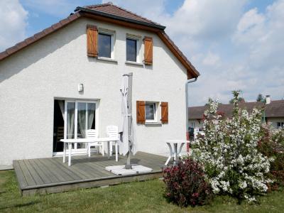 Vente secteur BLETTERANS (39), maison récente (2009) 130 m², 4 chambres, terrain 1155 m², Chalet tuilé avec bûcher