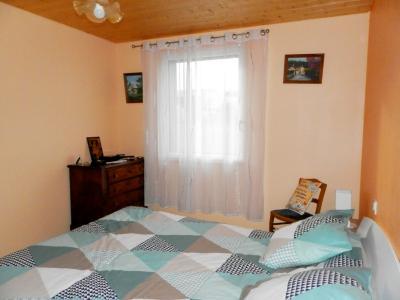 Secteur plaine JURASSIENNE (39), vends maison plain-pied 190 m² env., terrain 13580 m², CHAMBRE 12 m²