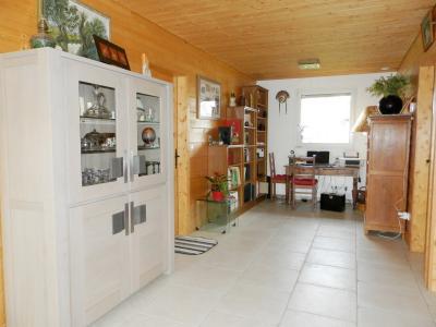 Secteur plaine JURASSIENNE (39), vends maison plain-pied 190 m² env., terrain 13580 m², ESPACE BUREAU