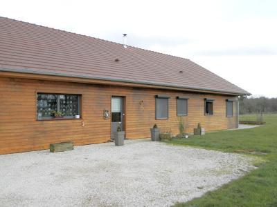 Secteur plaine JURASSIENNE (39), vends maison plain-pied 190 m² env., terrain 13580 m², MAISON A VENDRE 190 m²