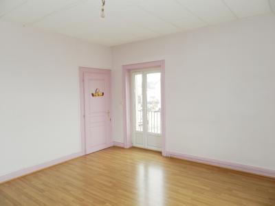 BLETTERANS (39) centre-ville, à vendre maison de ville 95 m², trois chambres, garage., CHAMBRE ETAGE 13 m²