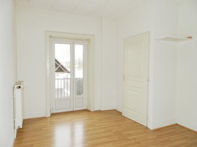 BLETTERANS (39) centre-ville, à vendre maison de ville 95 m², trois chambres, garage., CHAMBRE ETAGE 18.80 m²