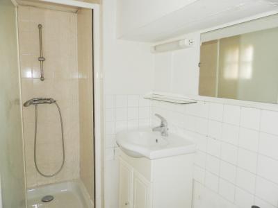 BLETTERANS (39) centre-ville, à vendre maison de ville 95 m², trois chambres, garage., SALLE D