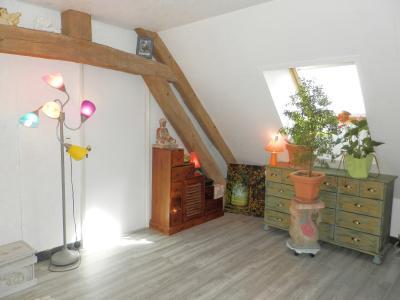 Vente BLETTERANS (39), ferme rénovée de 150 m² sans voisinage proche, terrain 25694 m², CHAMBRE ETAGE 10 m²