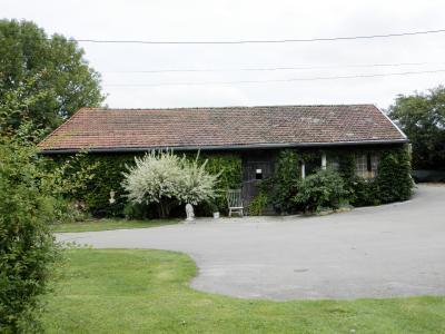 Vente BLETTERANS (39), ferme rénovée de 150 m² sans voisinage proche, terrain 25694 m², DEPENDANCE 90 m²