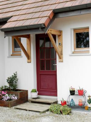 Vente BLETTERANS (39), maison familiale 121 m² (2006), quatre chambres, terrain 1508 m², ENTREE