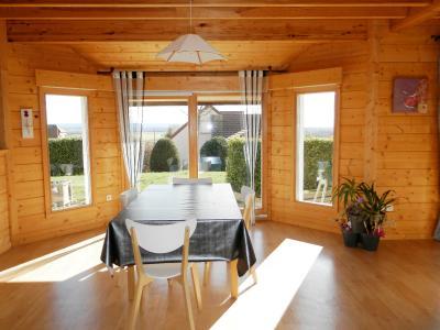 Vente BLETTERANS (39), maison familiale 121 m² (2006), quatre chambres, terrain 1508 m², SEJOUR 21.40 m²