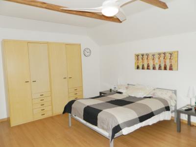 Proche LOUHANS (71), à vendre maison familiale (2001) de 150 m², terrain 6054 m²., CHAMBRE ETAGE 22 m²