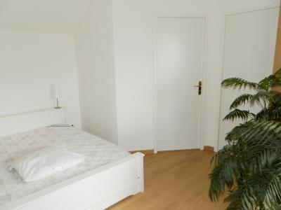 Proche LOUHANS (71), à vendre maison familiale (2001) de 150 m², terrain 6054 m²., SUITE PARENTALE ETAGE