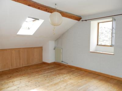 Vente MONTAIGU (39570), maison de village en pierre 127 m², jardin non attenant 522 m², CHAMBRE 14 m²