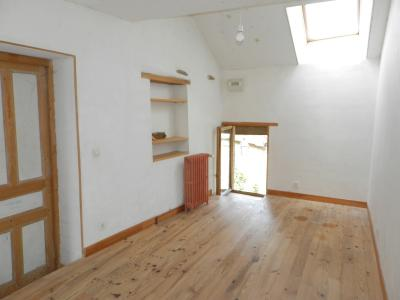 Vente MONTAIGU (39570), maison de village en pierre 127 m², jardin non attenant 522 m², CHAMBRE 12 m²